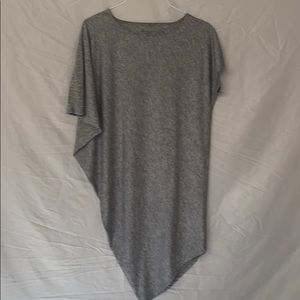 Athleta grey Asymmetrical tunic top Sz. XXS